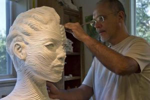 Gil Bruvel |Figurative Sculptures Of Stainless Steel