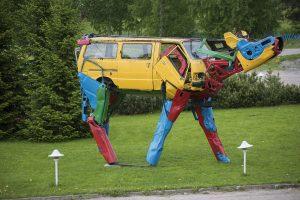 Miina Akkijyrkka | Car Pieces & Steel Construction.#artpeople
