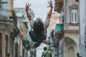 Omar Z Robles | Dancers Practicing On The Streets Of Cuba