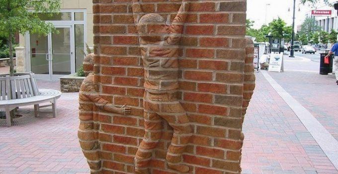 Brad Spencer |Brick Sculptures