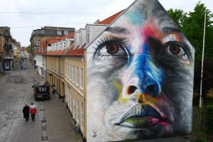 David walker Painting Freehand Portraits