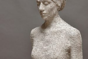 Wood sculpture by Bruno Walpoth