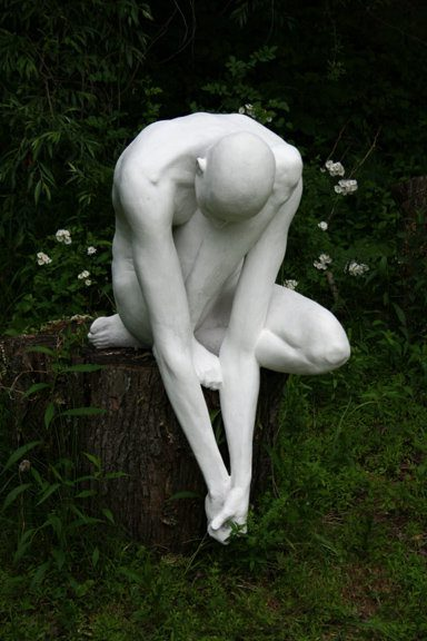 Emil Alzamora was born in Lima, Peru in 1975.